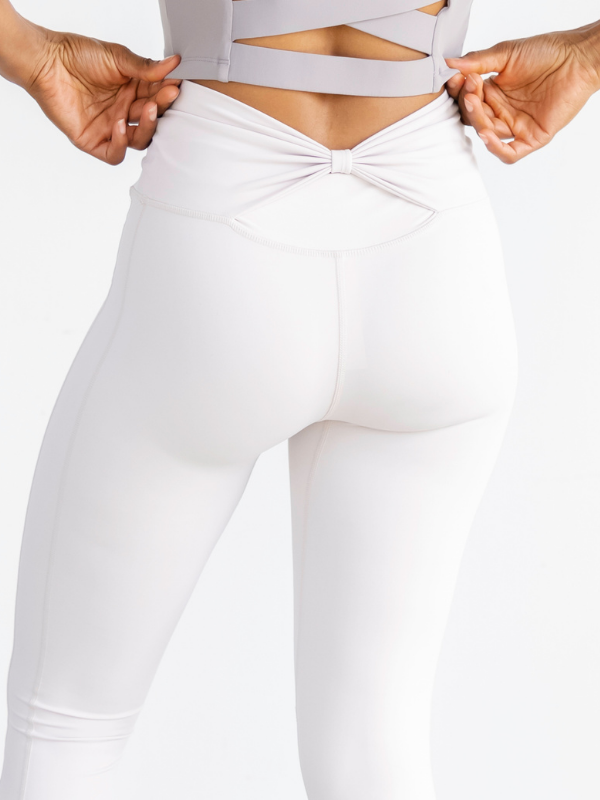 Astoria LUXE BREEZE Legging - Ivory