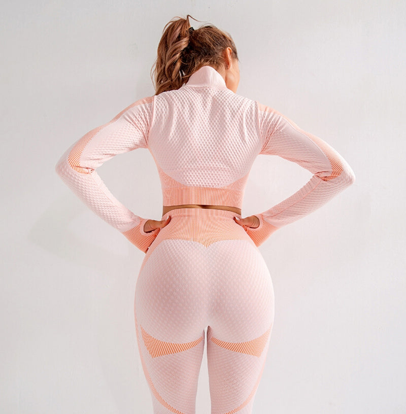 Astoria MOMENTUM Zip Crop - Peaches and Cream