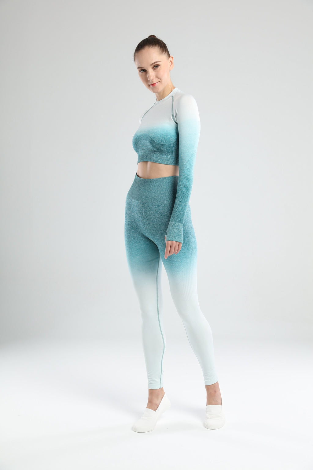 Astoria Seamless Ombre Sleeved Crop - Teal