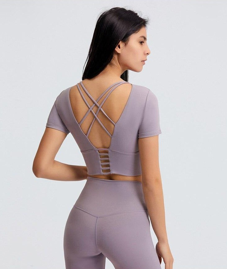Astoria Seamless Sculpt Quarter-Sleeved Sports Crop - Faded Lavender