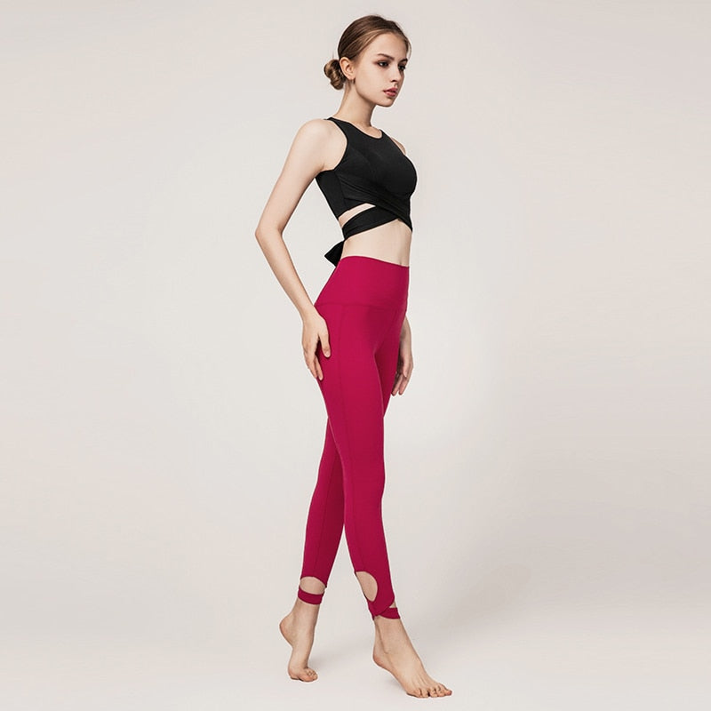 Astoria LUXE CHARGE Sports Crop - Black