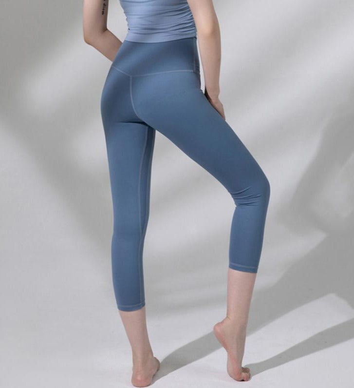 Astoria LUXE Max Support 3/4 Legging - Lake Blue