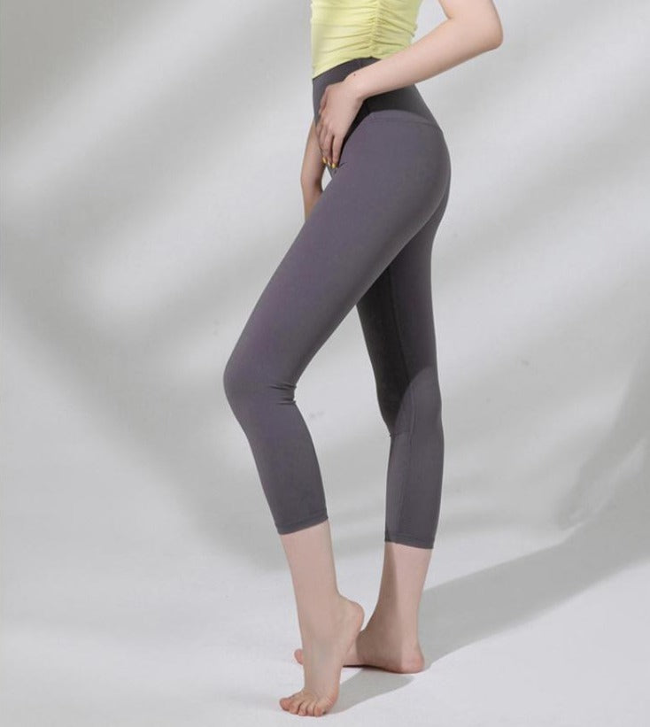 Astoria LUXE Max Support 3/4 Legging - Dark Plum