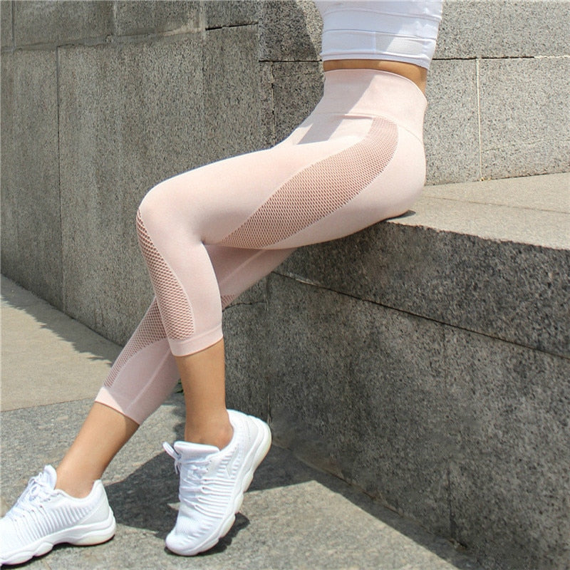Astoria Seamless Mesh 3/4 Legging - Tan Pink