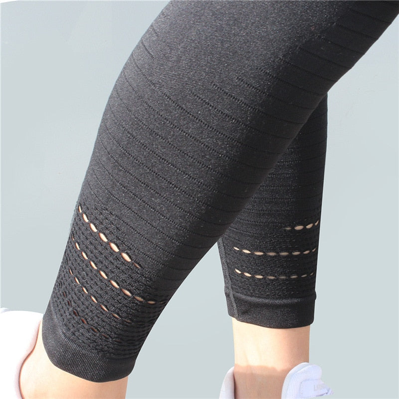 Astoria Seamless Sculpt Legging - Black