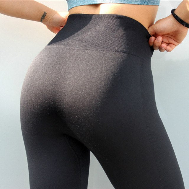 Astoria Seamless 3/4 Legging - Black