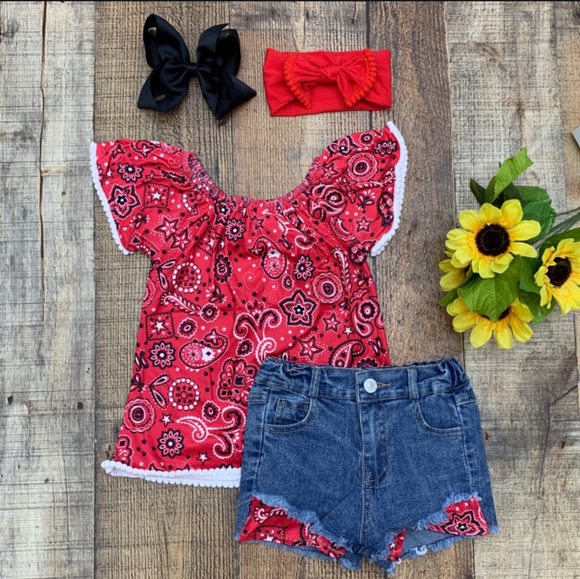 Red Bandana Distressed Jean Shorts Outfit