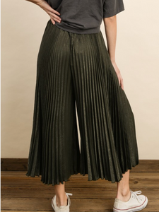 Pleat It Up Pants
