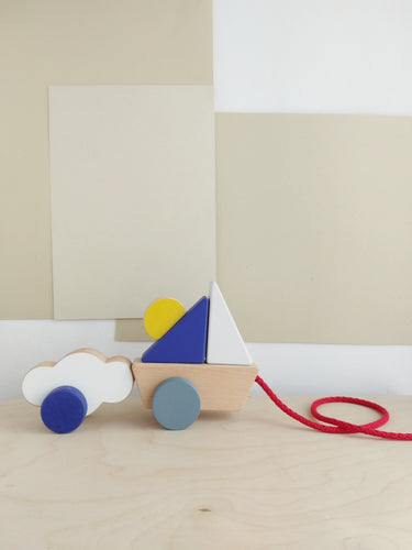 THE WANDERING WORKSHOP Boat & Cloud Pull Toy