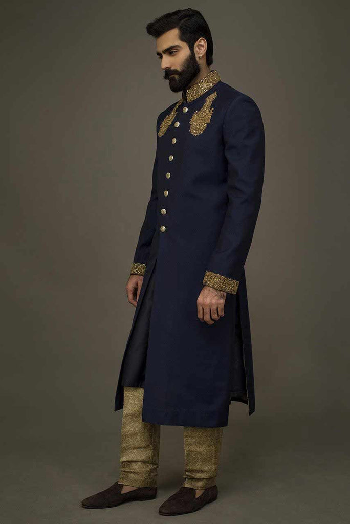 Exciting Pakistani Sherwani for wedding