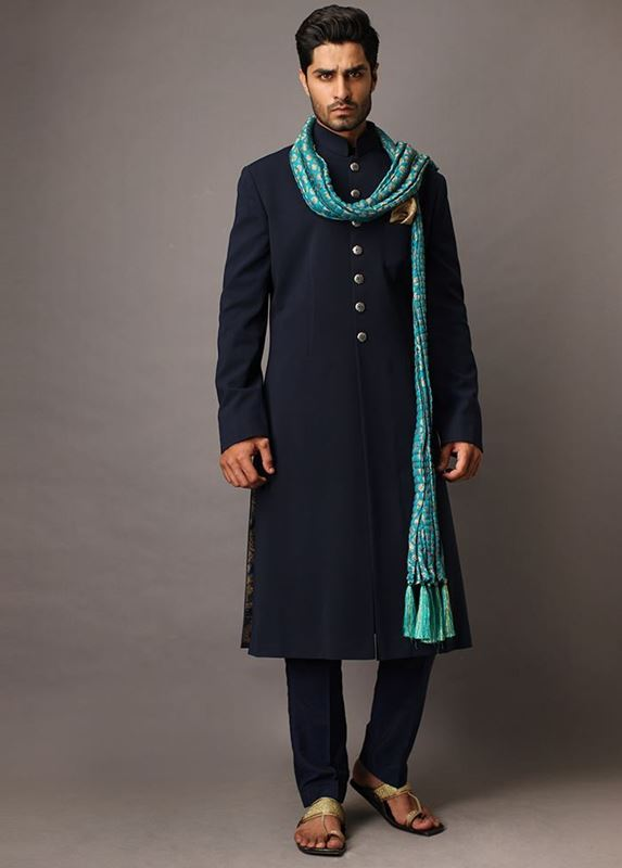 Latest design of Pakistani Sherwani