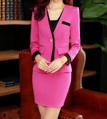 Staggering suit for women