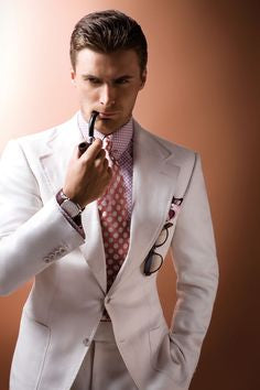 Stunning summer suits for men