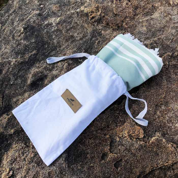 Arasa-Bamboo-Towel-Green-Bag