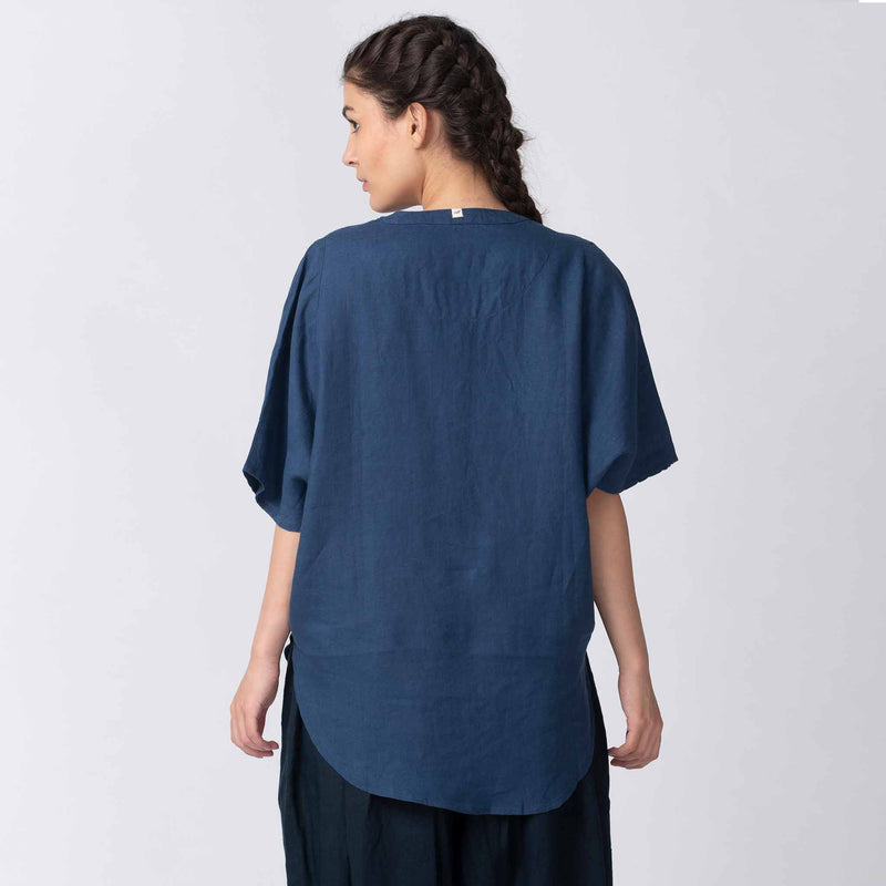 Loose Linen Kimono Top in Blue with Pockets