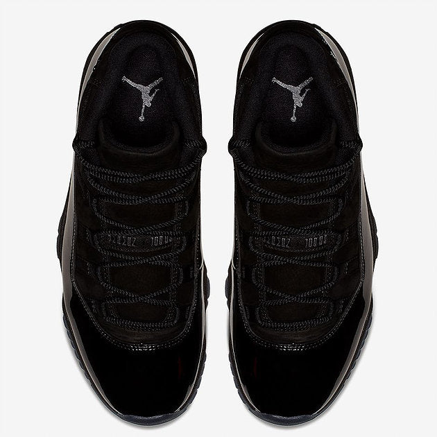 b11a420aa8c8e Black rope laces inspired by graduation cords and a metal Jumpman logo on  the heel add extra premium touches