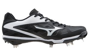 Mizuno Heist IQ Low Metal Cleats