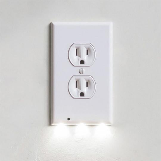 60%OFF🔥Outlet Wall Plate With LED Night Lights-No Batteries Or Wires