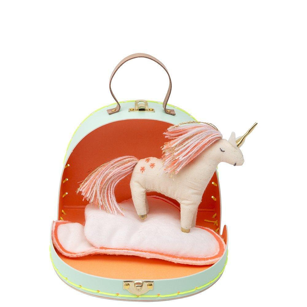 Animal in a Suitcase - Unicorn