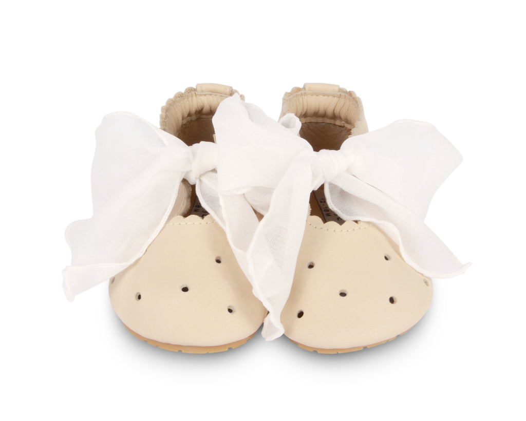 Phines Cream Leather Shoe