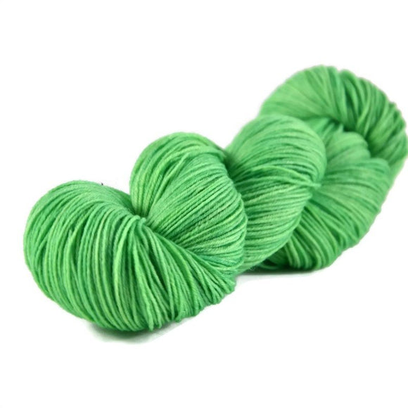 Excalibur BFL Nylon Fingering Sock Yarn - Lime