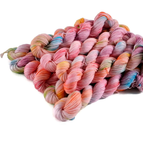 Percival Merino Fingering Yarn Mini Skeins - Tickled Pink