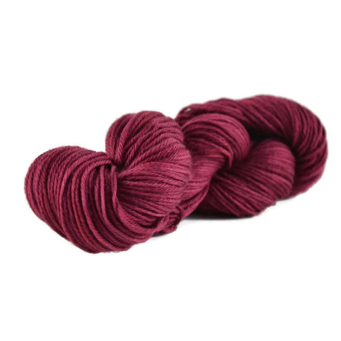 Merlin Merino Worsted Yarn - Berry