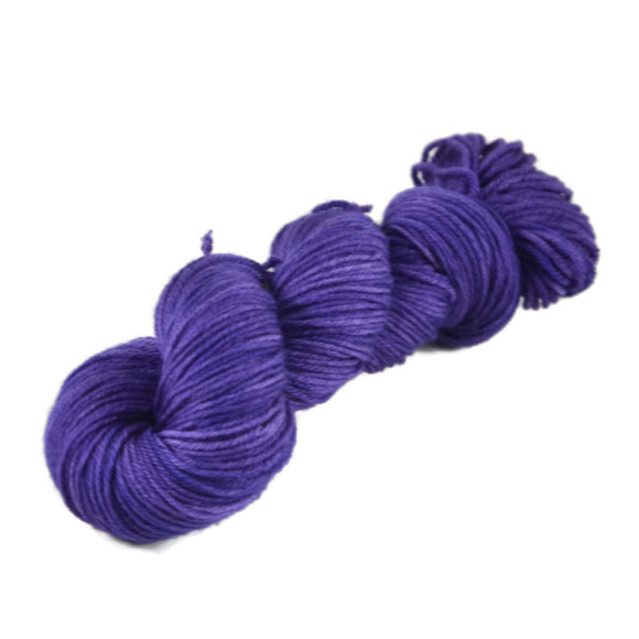 Merlin Merino Worsted Yarn - Full Moon