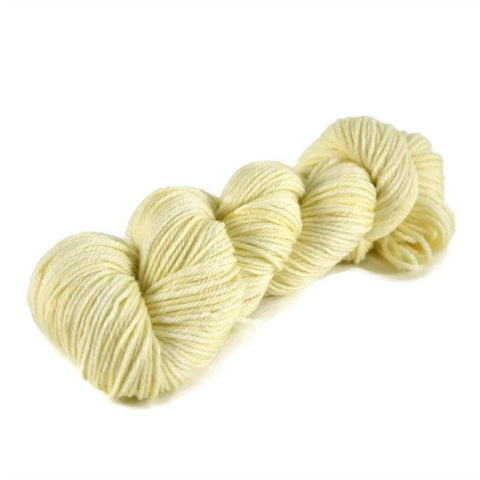 Merlin Merino Worsted Yarn - Vanilla