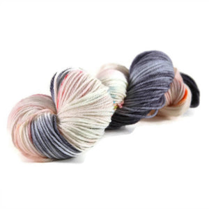Merlin Merino Worsted Yarn - Dorothy