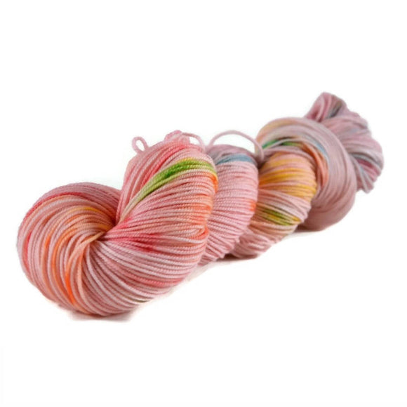 Elaine Merino Sport Yarn - Tickled Pink