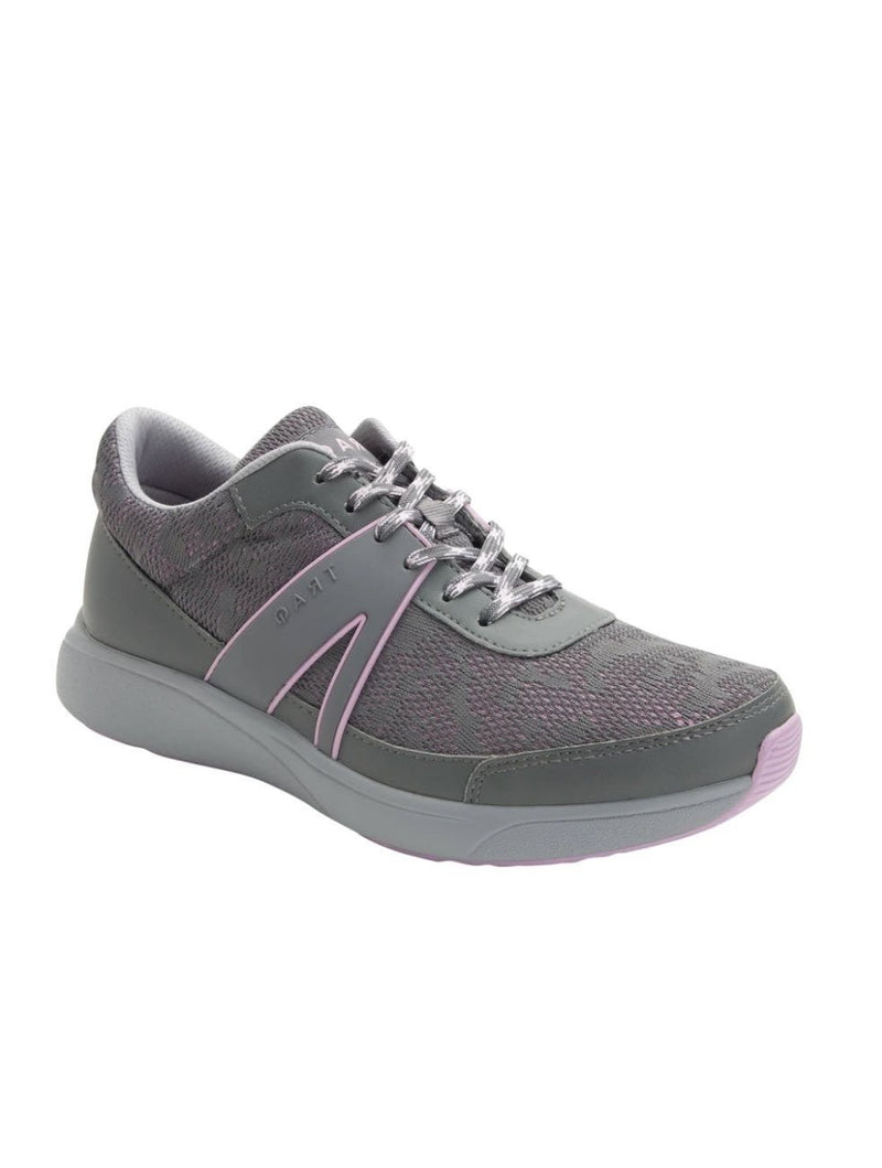 Traq Qarma Lace Up in Grey