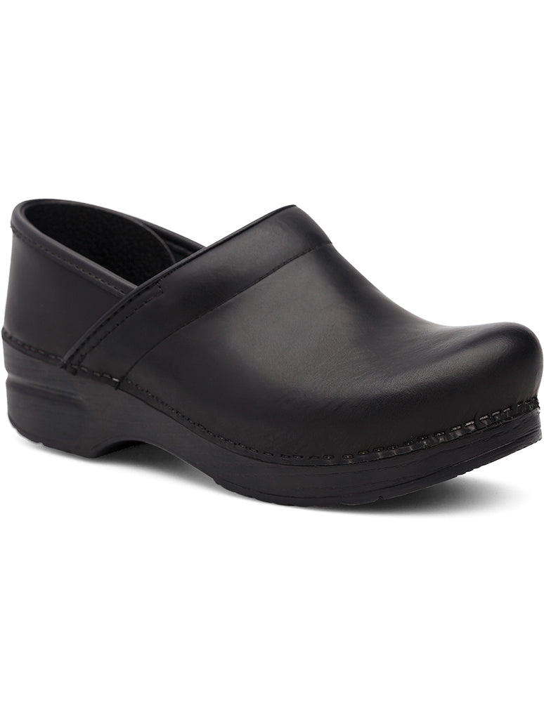 Dansko XP 2.0 Clog Shoe in Black Pull Up