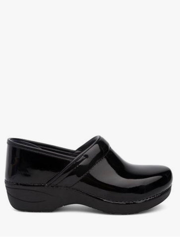 Earth Shoes Zurich Bern Slip on Loafer in Black Patent