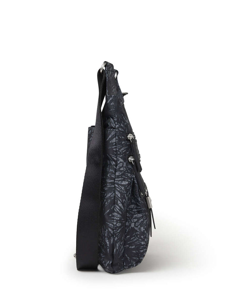 Baggallini Around Town Bag in Onyx Floral