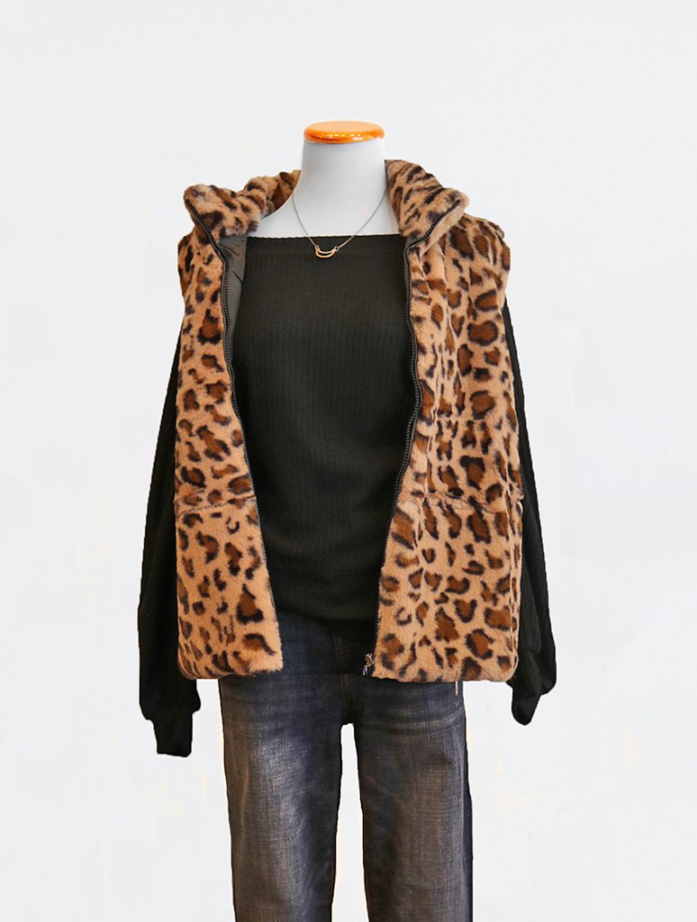 Adore Fluffy Faux Fur Vest in Leopard
