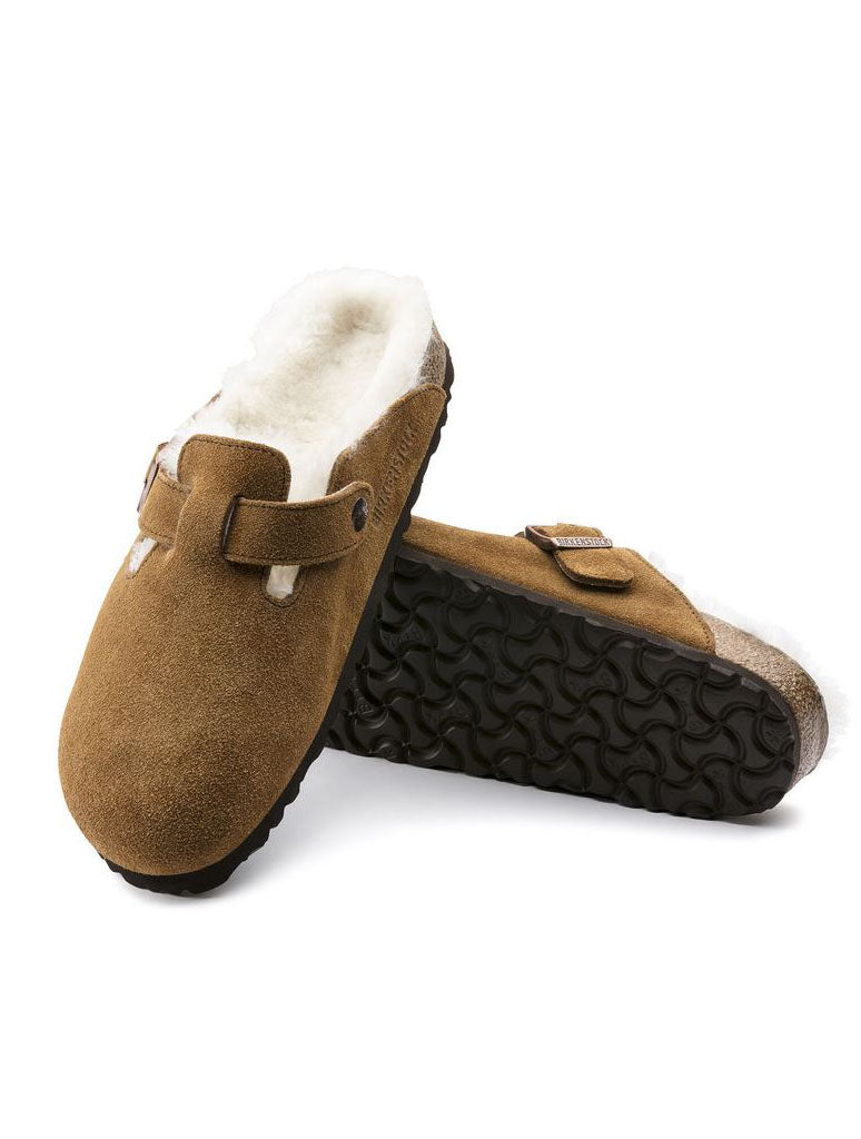 Birkenstock Boston Clogs in Mink