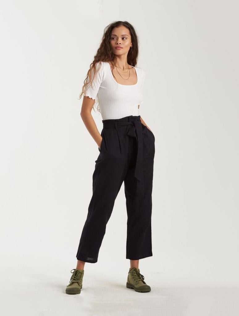 Billabong Sand Stand Pants in Black