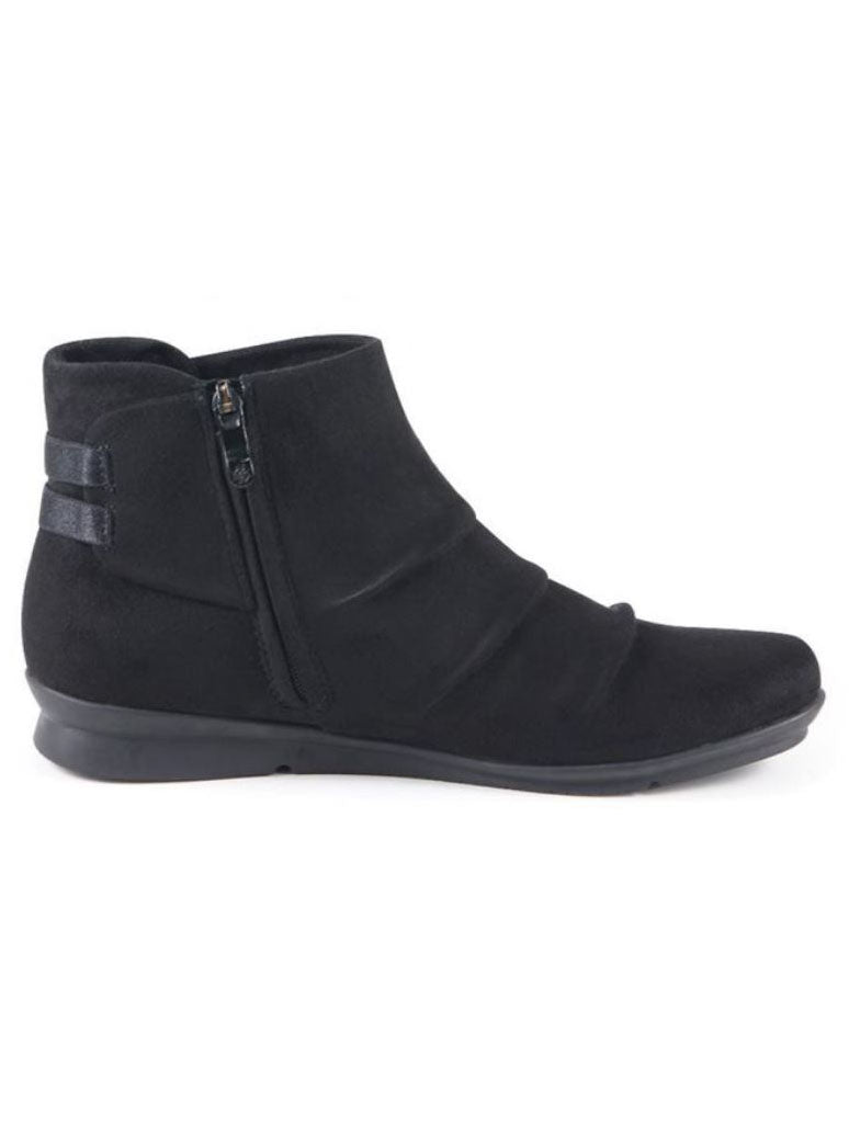 Bussola Chia Bootie in Black
