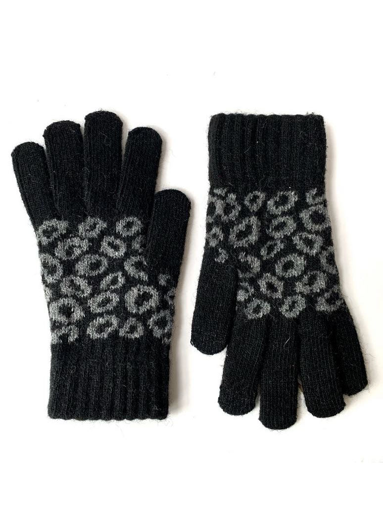 CRC Touch Knit Gloves in Black Leopard