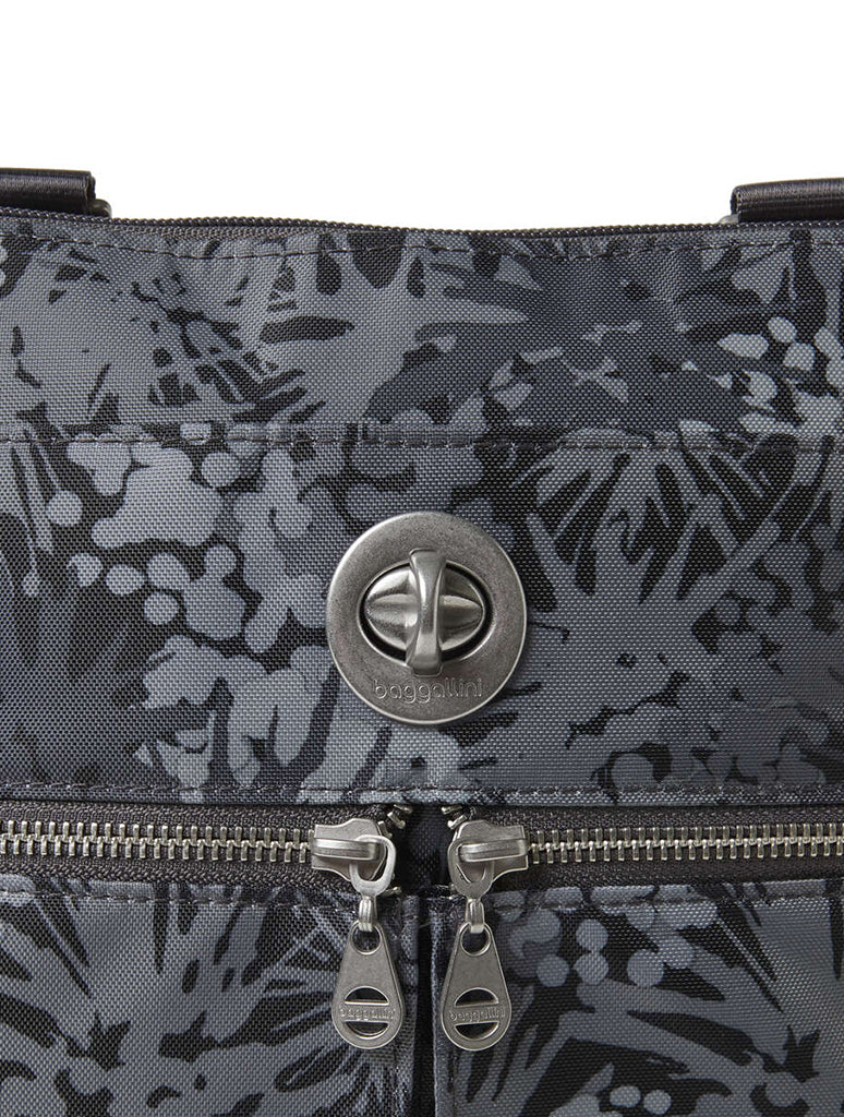 Baggallini Madras Crossbody Bag in Pewter Thistle