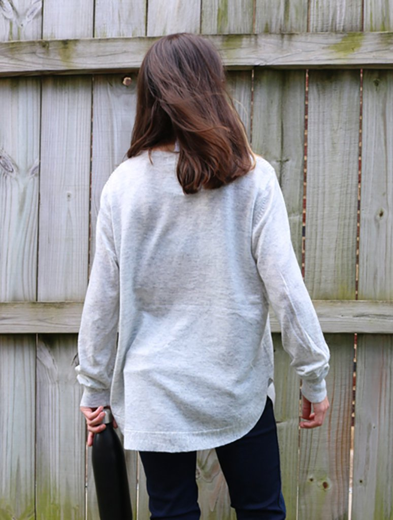 Papillon Ribbed Pullover Sweater in Light Grey