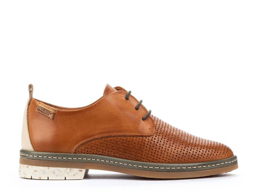 Pikolinos Santander Perforated Oxford in Brandy