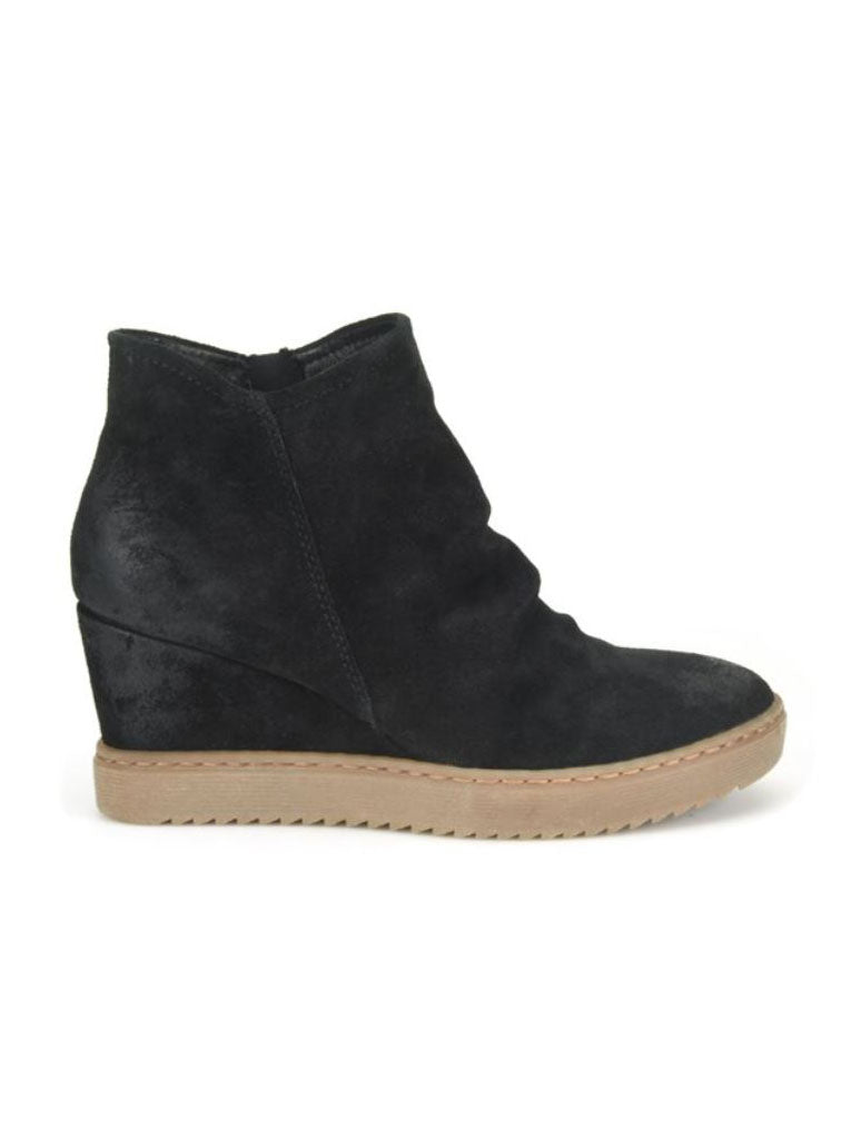 Sofft Siri Wedge Boot in Black