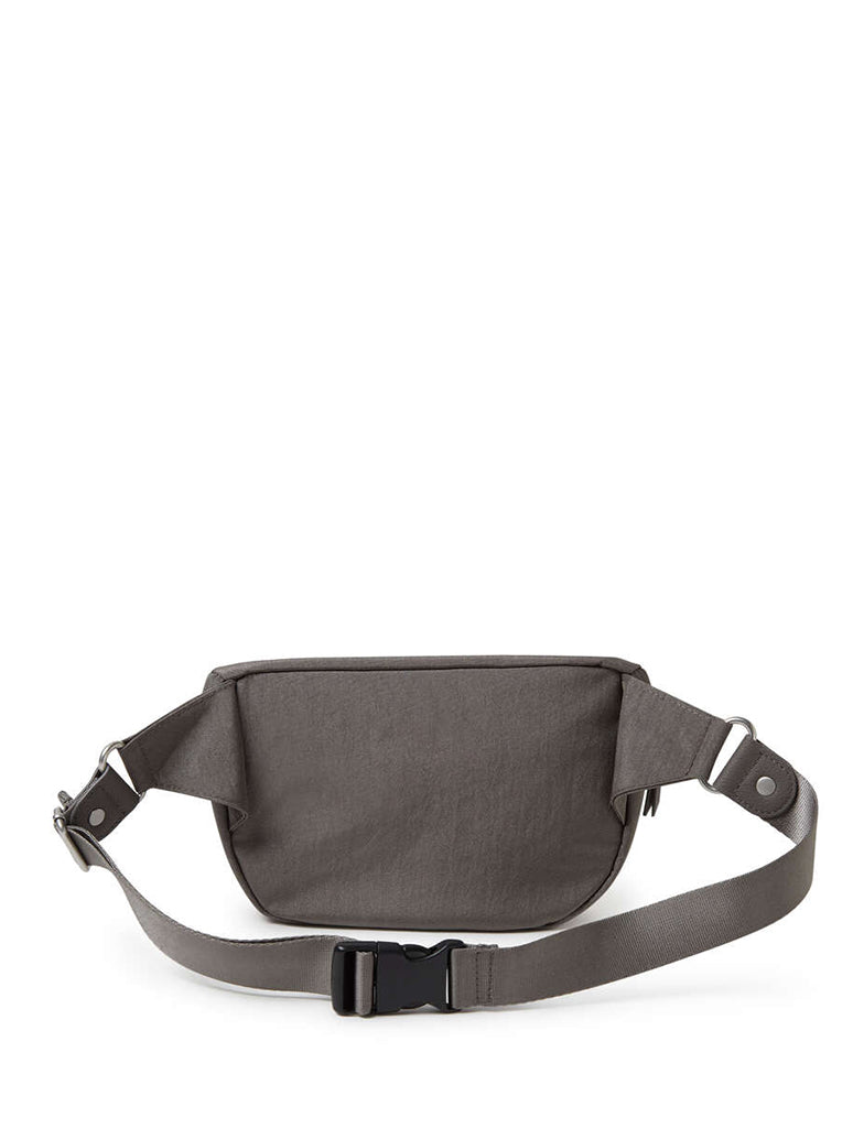 Baggallini Sightseer Waistpack Bag in Sterling Shimmer