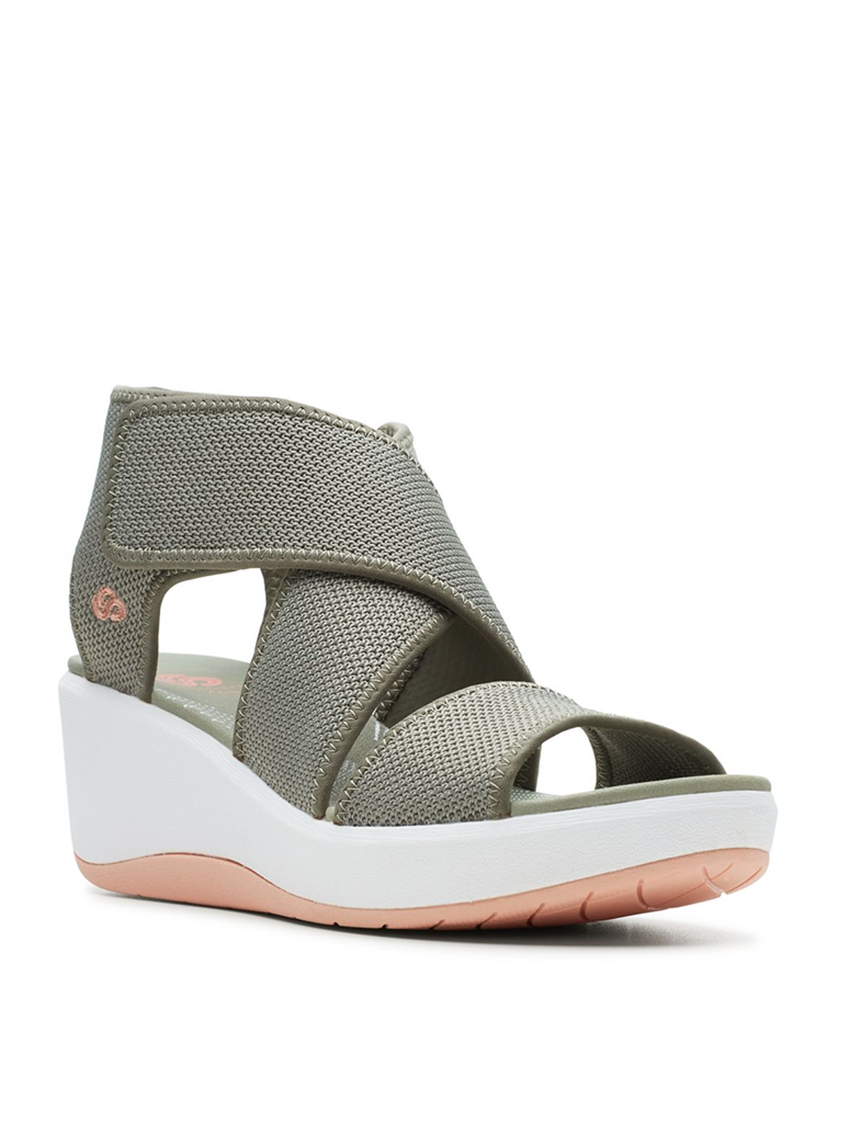 Clarks Step Cali Palm Wedge Sandal in Olive