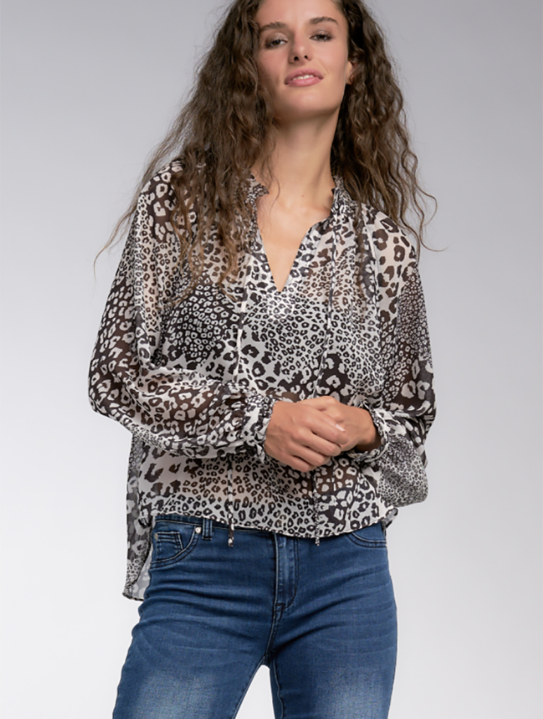 Elan Peasant Print Blouse in Black White