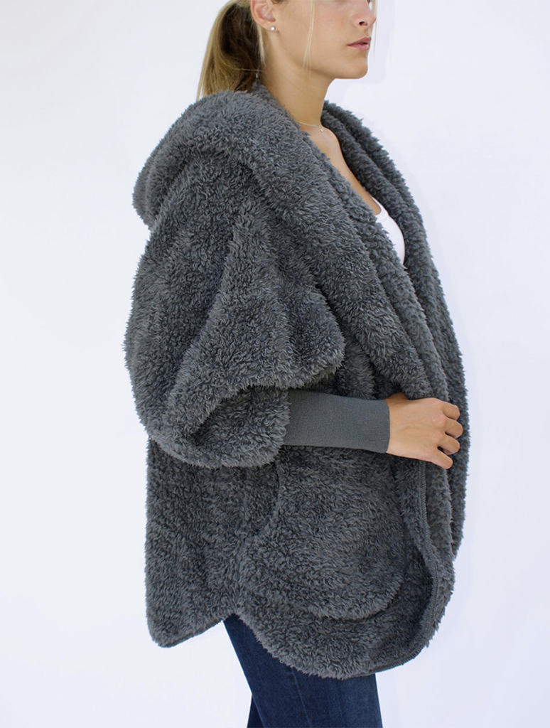 Nordic Beach Wrap Fuzzy Fleece Jacket in Koala Grey