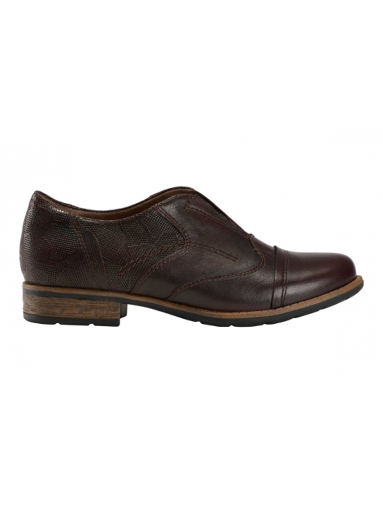 Earth Avani 2 Banyan Slip on Oxford in Plum