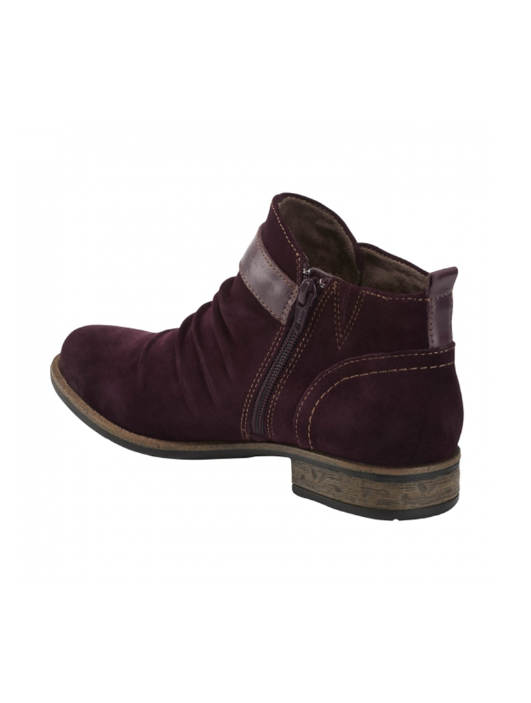 Earth Avani 2 Buckeye Bootie in Burgundy